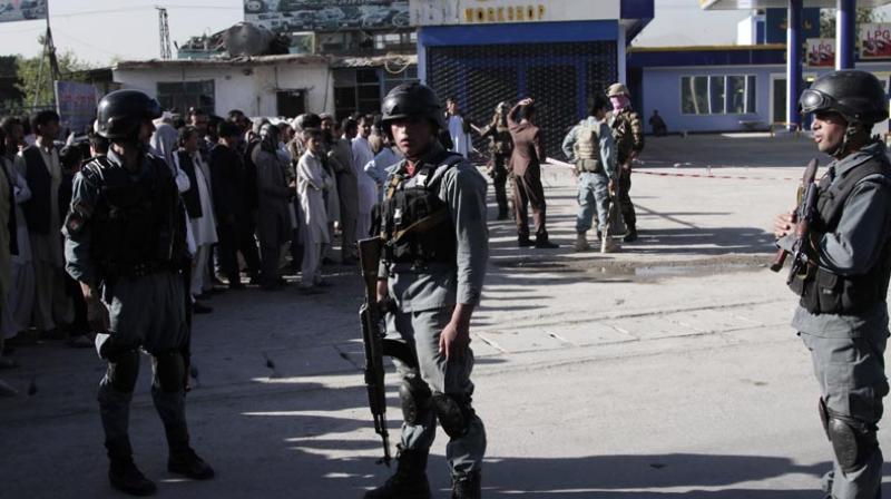 Авганистан: Во заседа убиени најмалку 20 полицајци