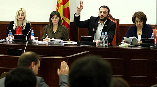 СOБРАНИЕ: Комисијата без опозициски пратеници му предложи на Талат Џафери да му се одземе имунитетот на Никола Груевски