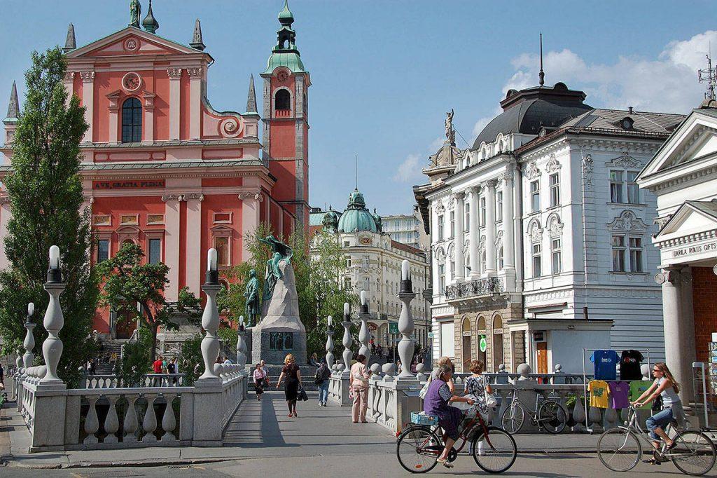 Се поголем број ученици во Словенија сакаат да го научат македонскиот јазик