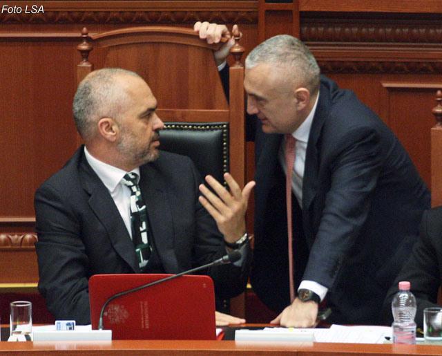 Албанија: Мета му одобри на премиерот Рама да биде и министер