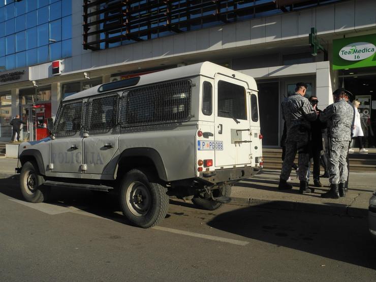 Сообраќајка во Црна Гора: Повредени повеќе мигранти во украдено комбе со кое бегале од полицијата