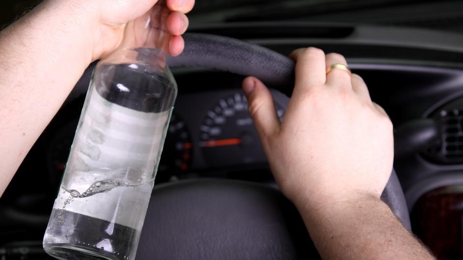 Скопје: Казни за 17 возачи кои возеле брзо и 10 напиени