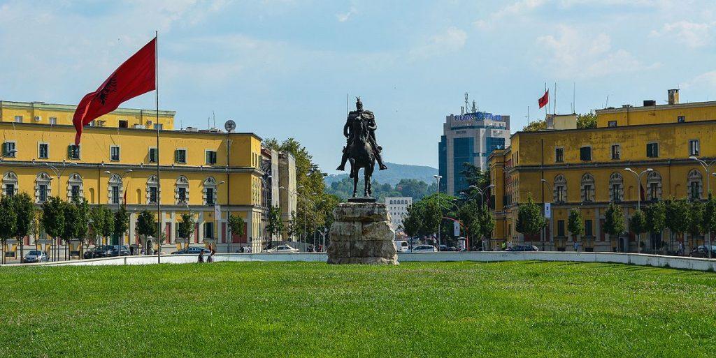 Стружанец и двајца од Тирана киднапирале македонски Албанец, му барале 250 000 евра