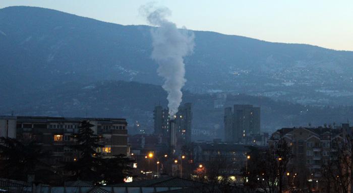 Алармантно во Скопје: Загаден воздух не регистрирале само мерните станици во Лисиче и во Гази Баба оти се исклучени