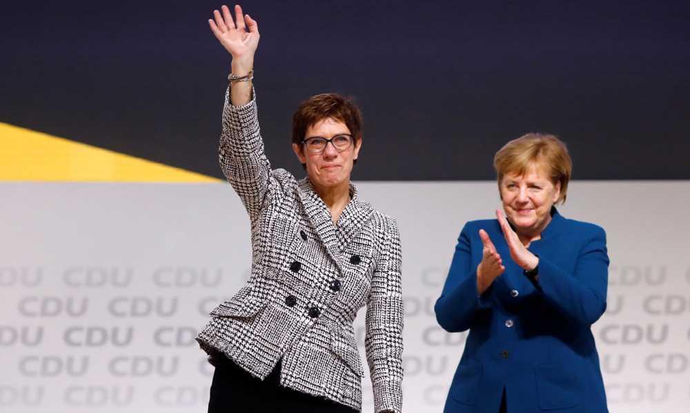 Лидерска смена во ЦДУ: Анегрет Крамп-Каренбауер ја наследи Меркел