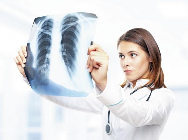 Ковид-19 и белодробни последици – француските специјалисти стравуваат од појава на нова болест