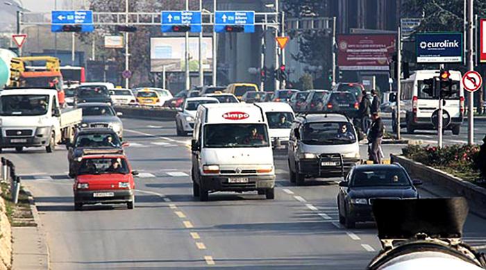 Скопско деноноќие: Три лица тешко и 7 полесно повредени во 12 сообраќајки