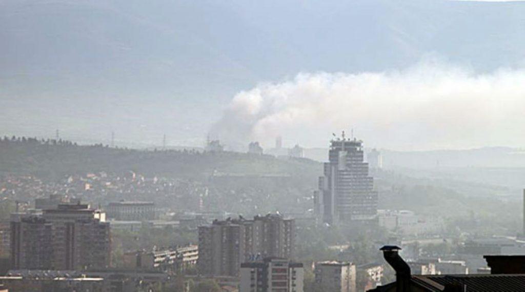 АЛАРМОТ Е ВКЛУЧЕН: Загаденоста во Скопје и Тетово е за активирање на вонредни мерки