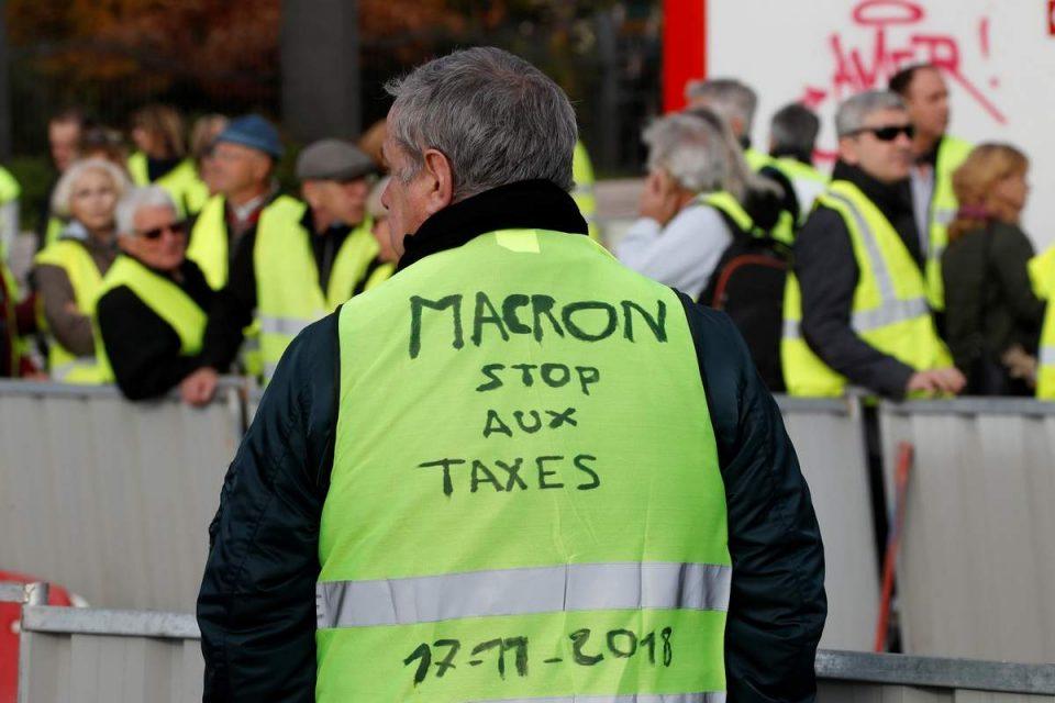 Француска жолта револуција: Досега приведени 8.700 и над 2.000 осудени за протестите