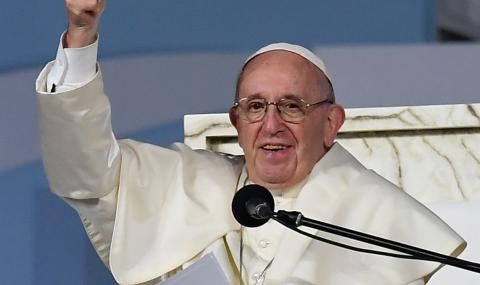 Би-Би-Си: Доаѓањето на папата на Балканот не е само со верски цели