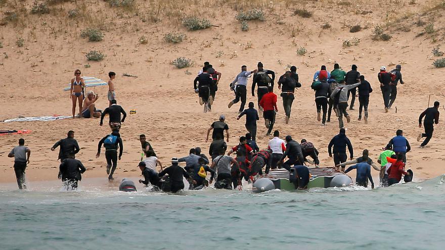 Вонреден состанок на грчката влада заради напливот мигранти