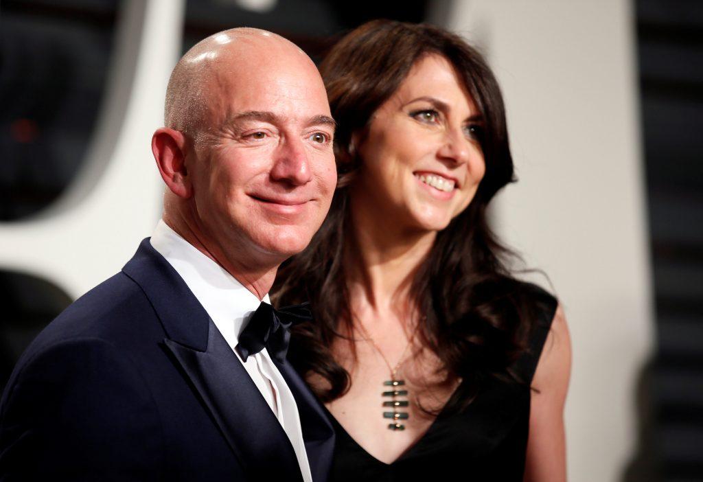 Се разведува најбогатиот човек на светот, по 25 години брак продолжуваат поинаку
