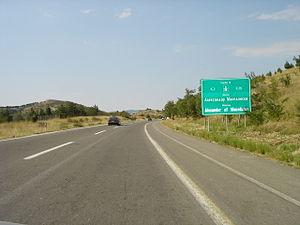 На автопатот Скопје – Велес: Сообраќај само по една коловозна лента меѓу Сопот и Башино Село