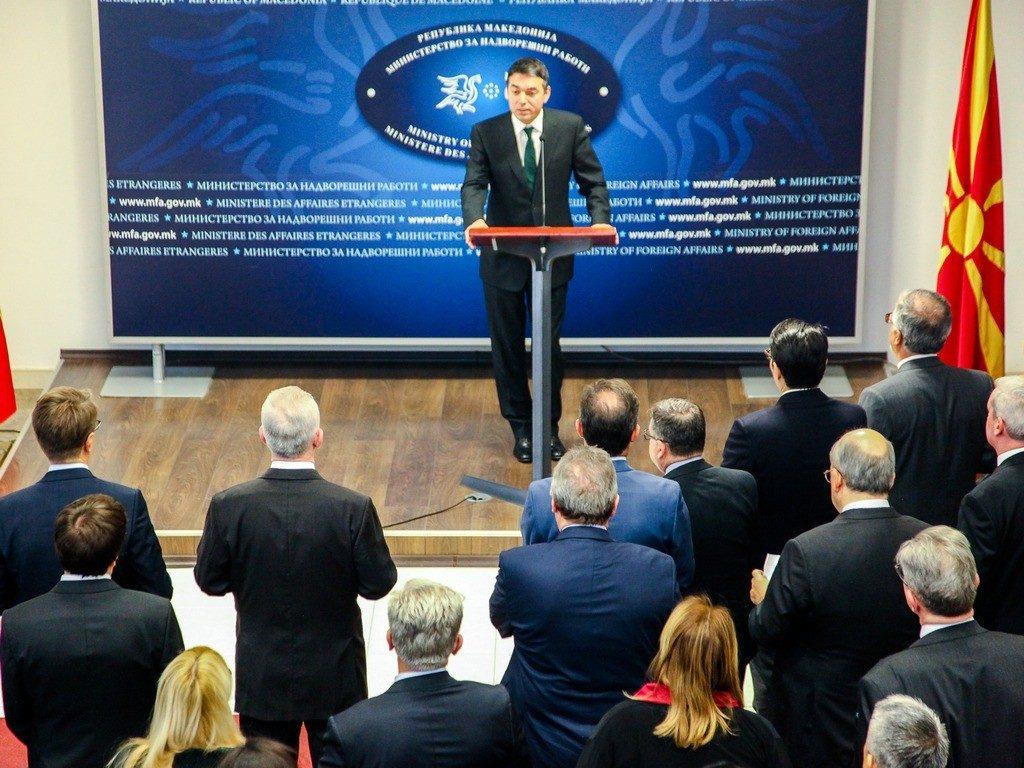 Новогодишен прием кај Димитров: Дипломатскиот кор го испофали министерот за Северна