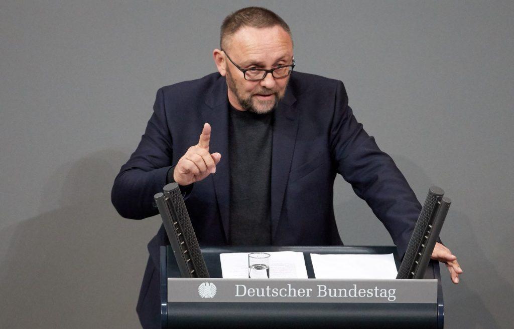 НАПАД ВО ГЕРМАНИЈА: Тешко повреден пратеник во Бундестагот во Бремен