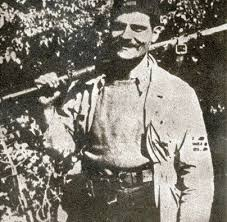 На денешен ден: Во 1943 година кај селото Сливник, Велешко, во борба против бугарската полиција загинал (се самоубил) македонскиот херој Трајко Бошкоски – Тарцан