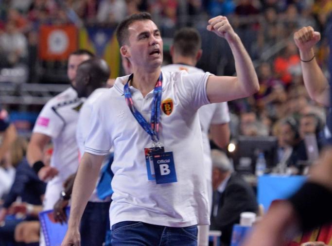 Раул Гонзалес го одреди составот против Јапонија