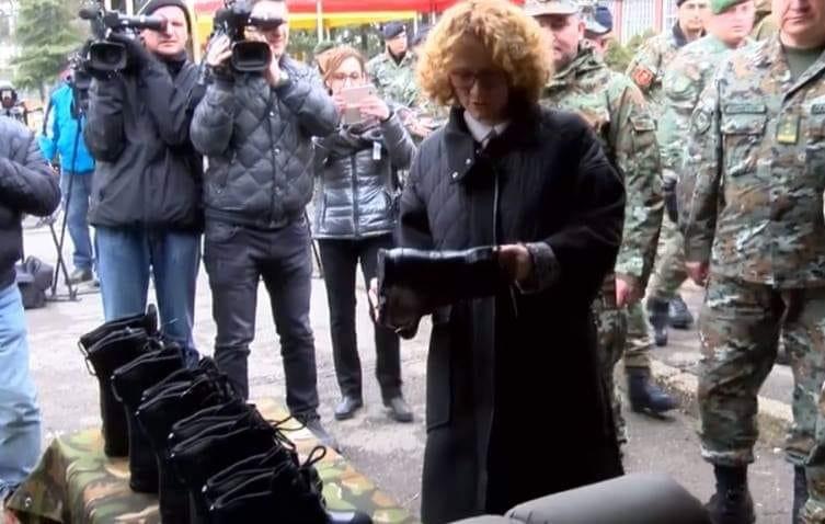 ШЕКЕРИНСКА: Купивме чизми за војската и ќе станеме членка на НАТО, ВМРО-ДПМНЕ тоа не успеа