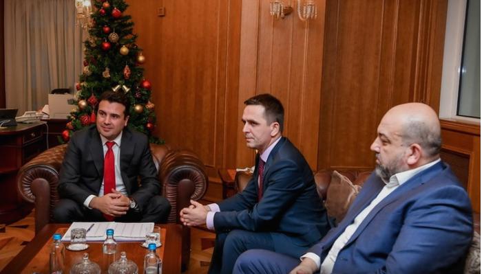 Постигнат договор меѓу Заев и Касами