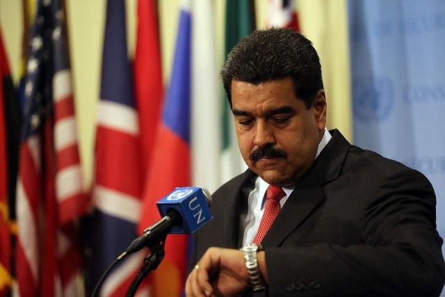 Венецуела: Мадуро ги затвора границите за хуманитарната помош од САД