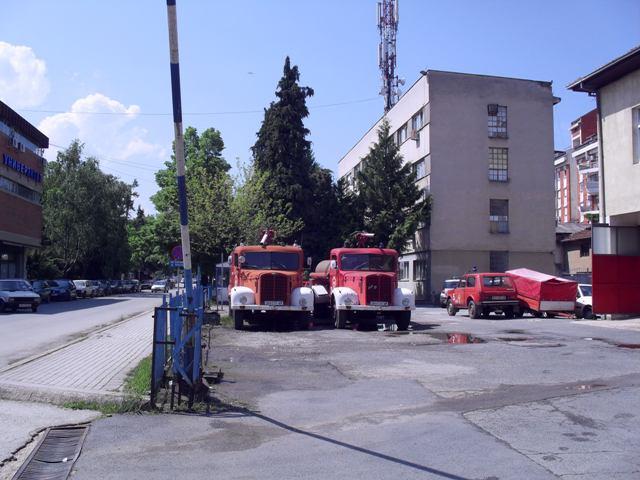 ПРОТИВПОЖАРЕН ВОЗЕН ПАРК: Фапови од 1966-та гасат пожари во 2019-та во Македонија