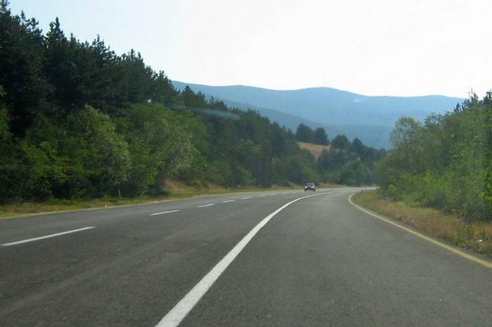 Едно лице загина во сообраќајка на патот Тетово-Јажинце