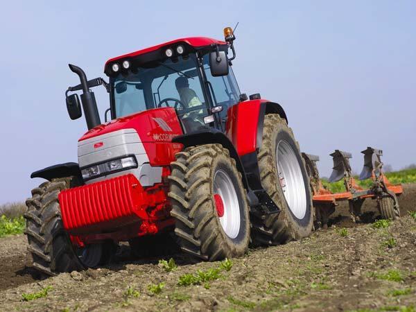 """ПАРТИСКО ОРАЊЕ НА НИВИТЕ: Повеќе пари и зелена нафта за земјоделците со """"ќе"""" адитив"""
