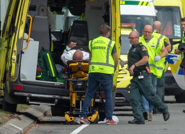 Крвав напад на Нов Зеланд: Најмалку 27 загинати и 30 ранети во две џамии (видео)