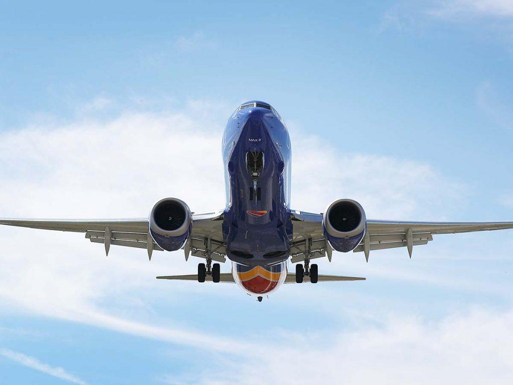 """""""Њујорк Тајмс"""" открива скандал: Пилотите на Боинг тренирале само со ајпад"""