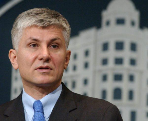 На денешен ден: Во 2003 г. пред влезот на зградата на Владата на Србија бил убиен српскиот премиер Зоран Ѓинџиќ