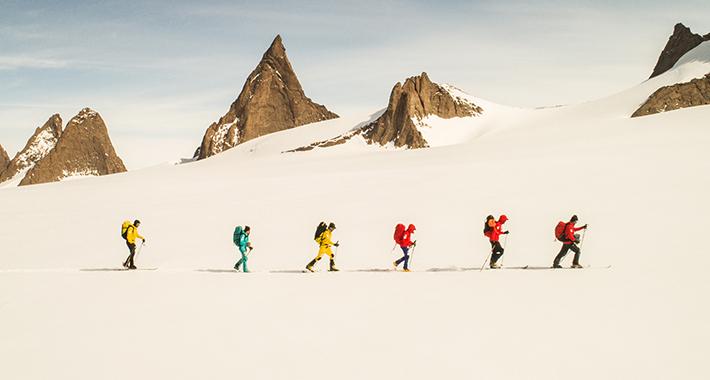 """""""Рамноземјаши"""" тргнуваат на пат: Мислат дека Земјата е рамна плоча, па тргнале на Антарктикот да го бараат ѕидот"""