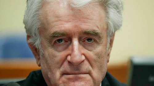 Радован Караџиќ доби доживотен затвор за геноцидот во Сребреница