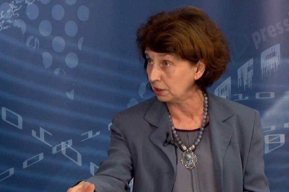 СИЛЈАНОВСКА ДАВКОВА: Преименувањето на институциите е демакедонизација, правдата за Македонија мора да победи