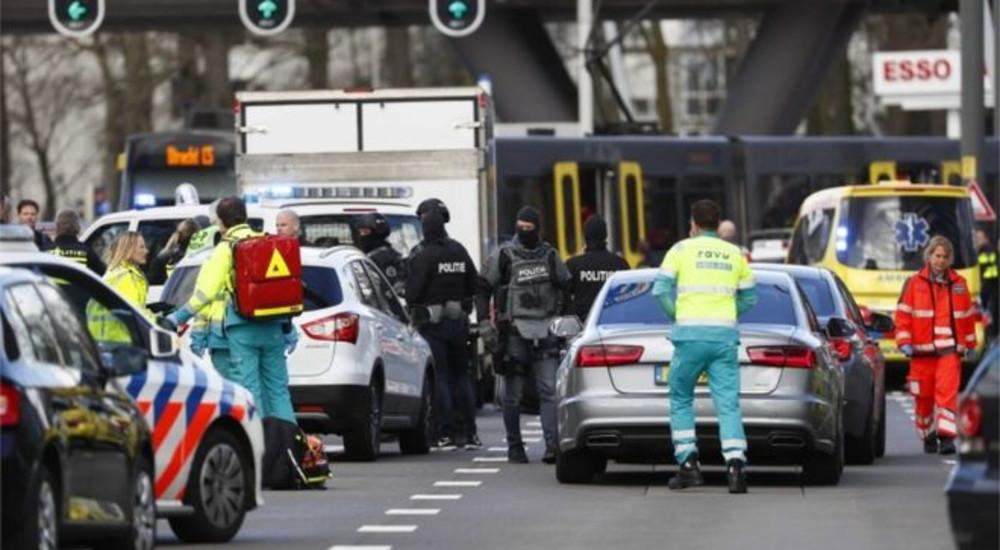 ТЕРОР ВО ХОЛАНДИЈА: Во бегство е Турчинот, кој е осомничен за најмалку тројца убиени и 9 повредени во трамвајот во Утрехт