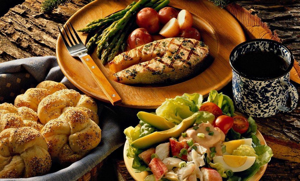 Статистика: Поскапа храна и туристички аранжамани