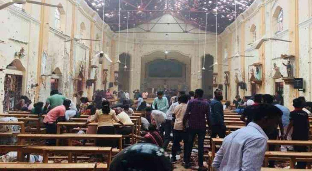 КРВАВ ВЕЛИГДЕН ВО ШРИ ЛАНКА: Најмалку 185 загинати и над 400 ранети во експлозии во цркви