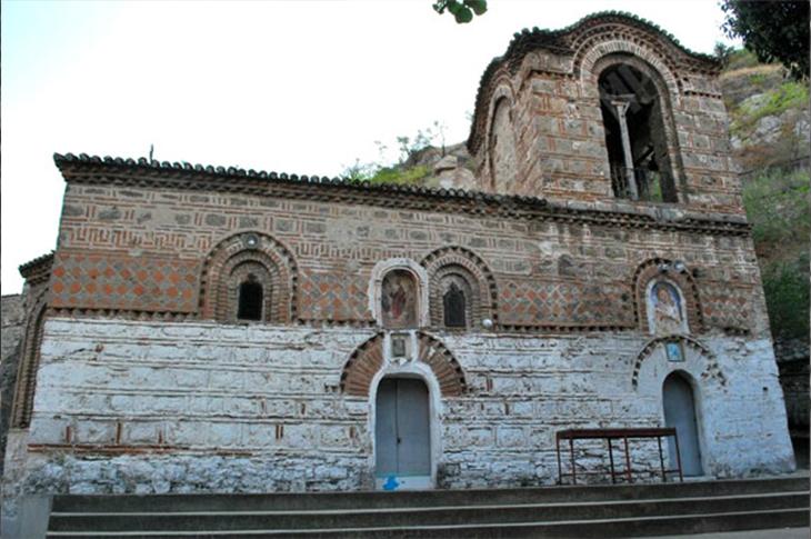 Закопаната црква во Велес: Храмот е откопан по 4,5 века добро сочуван под земја од хордите