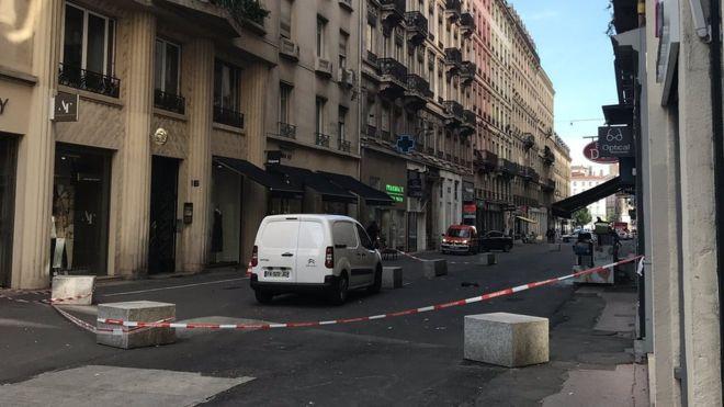 Експлозија на бомба во центарот на Лион, шестмина повредени