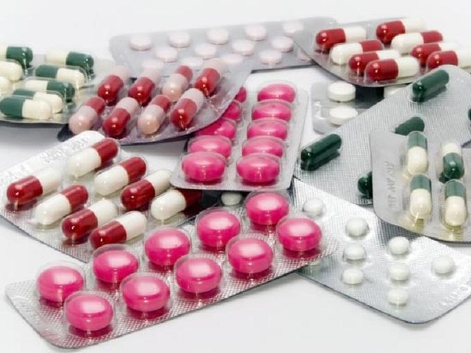 ФИЛИПЧЕ: Најевтините лекови да се тргнат од позитивната листа и да се направи ревизија