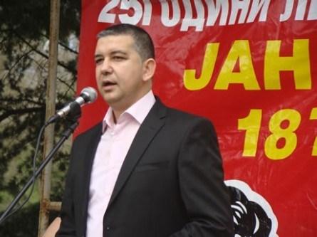 АЛБАНИЈА: Пратеникот Васил Стерјовски даде заклетва во парламентот