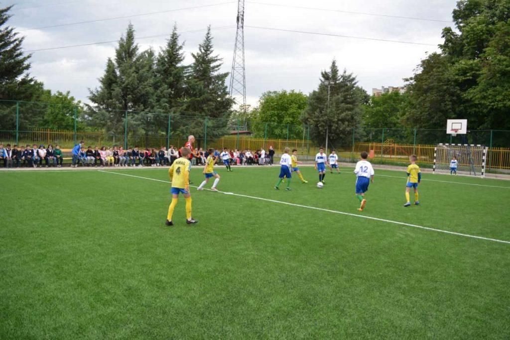 ФФМ и УЕФА изградија фудбалско игралиште во СОС Детско село