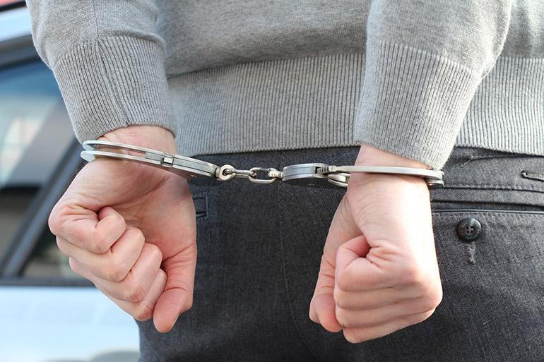 КОСОВО: Кај Приштина уапсени двајца странци и еден Косовец поради трговија со човечки органи