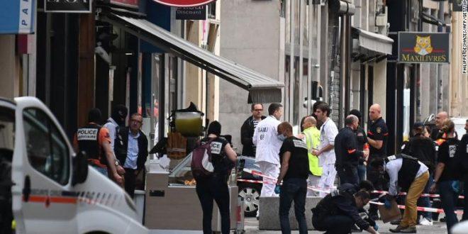 Пакет-бомба во Лион: Најмалку 13 повредени во експлозијата