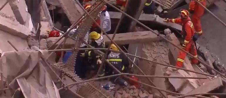 Кина: 9 лица затрупани под урната зграда во Шангај