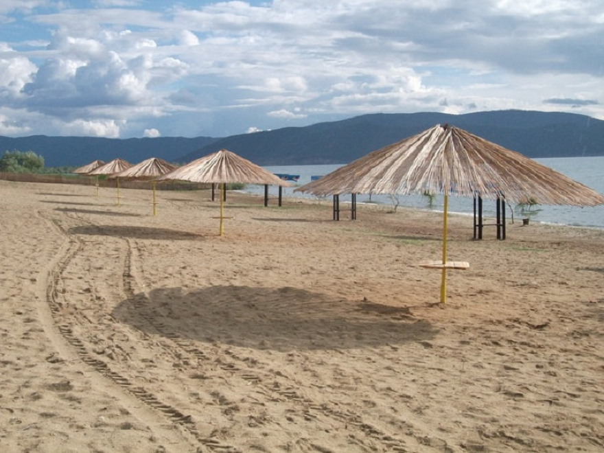 Денеска во Преспа: Традиционална храна на плажите во Дупени