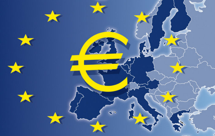 Домбровски: Бугарија може да го воведе еврото во 2024 година