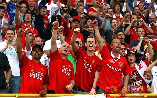 """Манчестер јунајтед: Ќе се испита работата на компанијата за безбедност по упадот на навивачите на """"Олд Трафорд"""""""