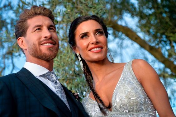 На свадбата на Рамос препорачан дрес код, само Викторија Бекам го прекрши правилото (ФОТО)