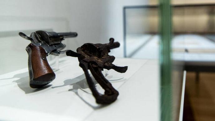 Аукција во Париз: За 40.000 евра се продава револверот со кој се самоуби Ван Гог