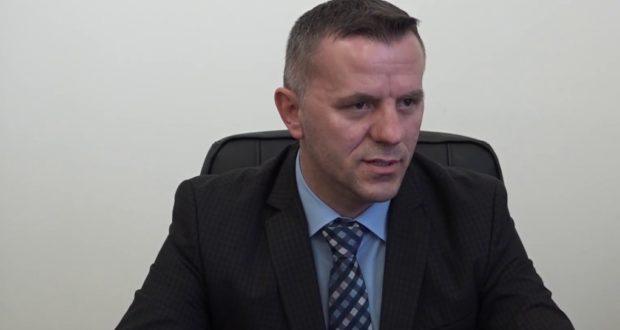 МЕМЕДИ: Нема да се пазарам со Заев, Министерстото за локална самоуправа е на Албанците!